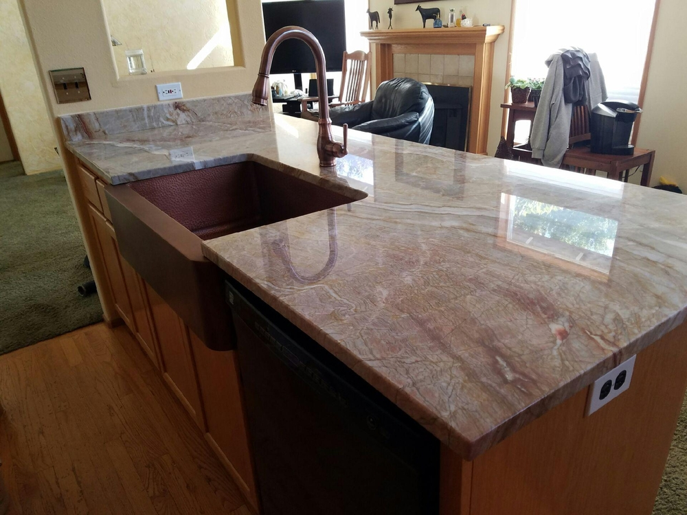Image Nacarado Quartzite Island with sink